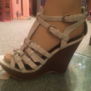 Y2K Shi Journeys White Wedge Sandal /2005 Exc Cond